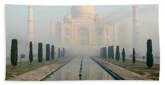 Taj Mahal At Sunrise 02 Beach Towel