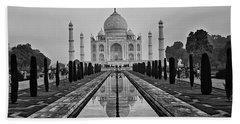 Taj Mahal In Black And White Beach Towel