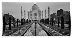 Taj Mahal In Black And White Beach Sheet
