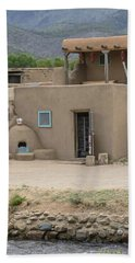 Taos Pueblo Adobe House With Pots Beach Sheet