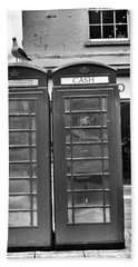 Telephone Booth In London Beach Towel