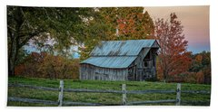 Beach Towel featuring the photograph Tennessee Barn by David Waldrop