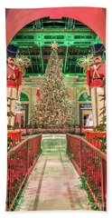 The Bellagio Christmas Tree Under The Arch 2017 Beach Towel