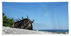 Beach Sheet featuring the photograph The Final Rest by Kennerth and Birgitta Kullman