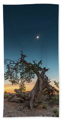 The Great American Eclipse On August 21 2017 Beach Towel