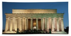 Beach Towel featuring the photograph The Lincoln Memorial by Mark Dodd