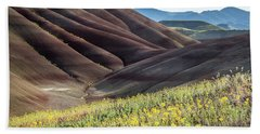 The Painted Hills In Bloom Beach Sheet
