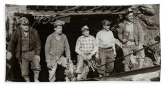 The Search And Retrieval Team After The Knox Mine Disaster Port Griffith Pa 1959 At Mine Entrance Beach Towel
