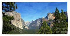 The Valley Of Inspiration-yosemite Beach Sheet by Glenn McCarthy Art and Photography