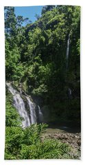 Three Bear Falls Or Upper Waikani Falls On The Road To Hana, Maui, Hawaii Beach Sheet