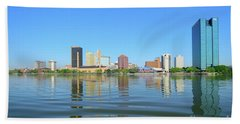 D12u-673 Toledo Ohio Skyline Photo Beach Sheet