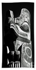 Totem Black And White Beach Sheet