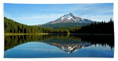 Trillium Lake Mt Hood Fall Beach Towel