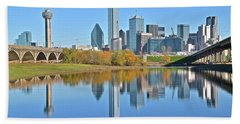 Trinity River View Of Dallas Beach Towel