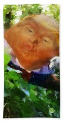 Trumpty Dumpty San On A Wall Beach Sheet