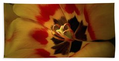 Tulip Flair Beach Towel