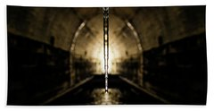 Tunnel Icicle Beach Towel