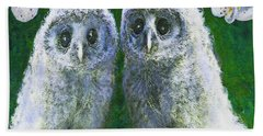 Two Baby Owls Beach Towel