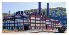 Vacant Steel Mill - Johnstown Pa Beach Towel
