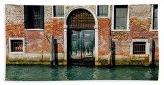 Venetian House On Canal Beach Sheet