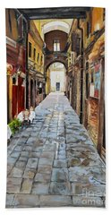 Beach Towel featuring the painting Venezia - Alley On Parangon In Venice by Jan Dappen