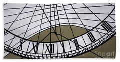 Vertical Sundial - Vertikale Sonnenuhr Beach Towel
