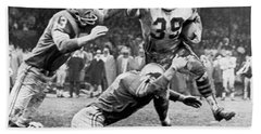 Viking Mcelhanny Gets Tackled Beach Towel by Underwood Archives