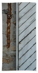 Vintage Barn Door And Strap Beach Towel by Jani Freimann