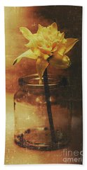 Vintage Daffodil Flower Art Beach Towel