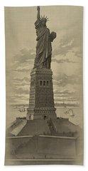 Vintage Statue Of Liberty Beach Towel