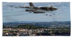 Vulcan Bomber Xh558 Dawlish 2015 Beach Towel by Ken Brannen