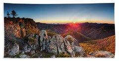 Warm Sunlight At Sunrise In The Mountain Beach Sheet