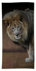 Was That My Cue? - Lion On Stage Beach Towel