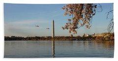 Washington Monument Beach Sheet by Megan Cohen