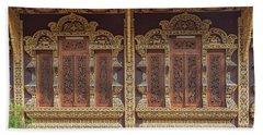 Wat Chiang Chom Phra Wihan Windows Dthcm0890 Beach Towel