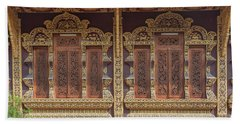 Wat Chiang Chom Phra Wihan Windows Dthcm0890 Beach Sheet by Gerry Gantt