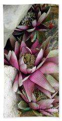 Water Lily - Seerose Beach Towel