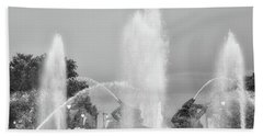 Water Spray - Swann Fountain - Philadelphia In Black And White Beach Towel by Bill Cannon