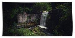 Waterfall At Paradise Springs Beach Towel