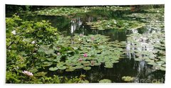 Waterlilies At Monet's Gardens Giverny Beach Towel by Therese Alcorn