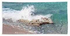 Gentle Wave In Bimini Beach Towel