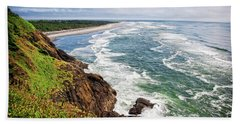 Waves On The Washington Coast Beach Towel