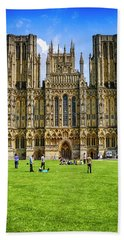 Wells Cathedral In Somerset, Uk Beach Sheet