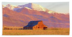 Westcliffe Barn - Painting Beach Towel