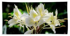 White Hawaiian Flowers Beach Towel