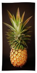 White Pineapple King Beach Towel