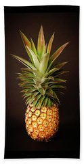 White Pineapple King Beach Sheet