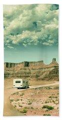 White Rv In Utah Beach Sheet by Jill Battaglia
