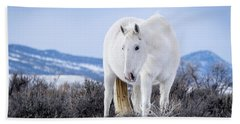 White Wild Horse Mystic Of Sand Wash Basin Beach Towel