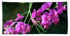Wild Sweet Peas Beach Towel